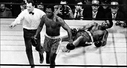 Former world heavyweight champion Joe Frazier dies