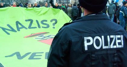 Secret service feels heat on German neo