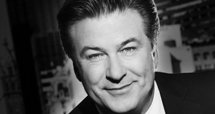 Alec Baldwin returns to Twitter