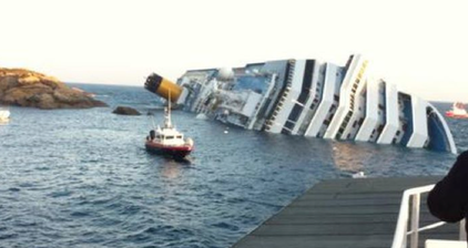 Cruise ship runs aground near Italian port