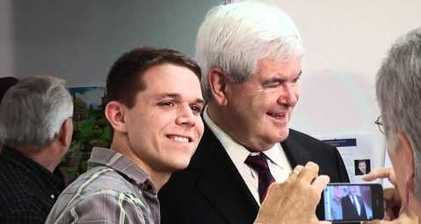Gingrich vows to battle on with Romney as Florida votes