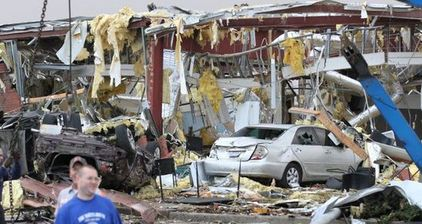 Several dead as tornadoes hit American midwest, southeast