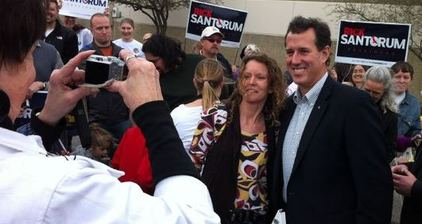 Santorum expected victor as Kansas vote count begins