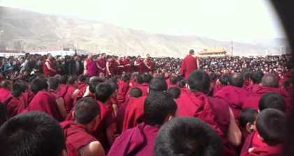 Tibetan monk's self-immolation sparks large-scale protest