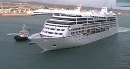 Cruise ship repaired off Philippines after engine fire