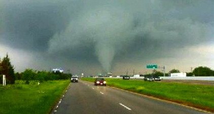 Tornadoes tear through north-central Texas