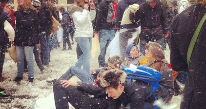 International Pillow Fight Day: Berlin explodes in a flurry of feathers