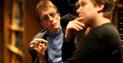 Bee Gees singer Robin Gibb dies