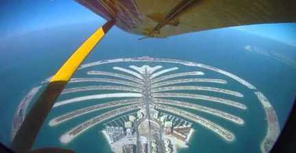 VIDEO: Skydiving in Dubai