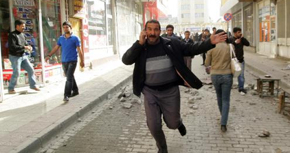 LIVE: Hundreds feared dead as 7.2 quake strikes Turkey